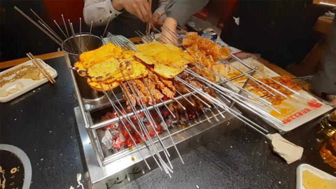 kiinalaisia ruokia.